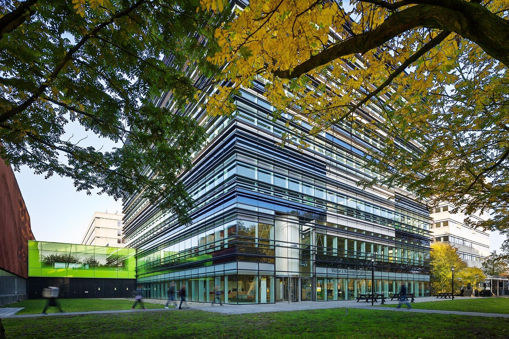 Victor J. Koningsberger Building. Ector Hoogstad Architecten