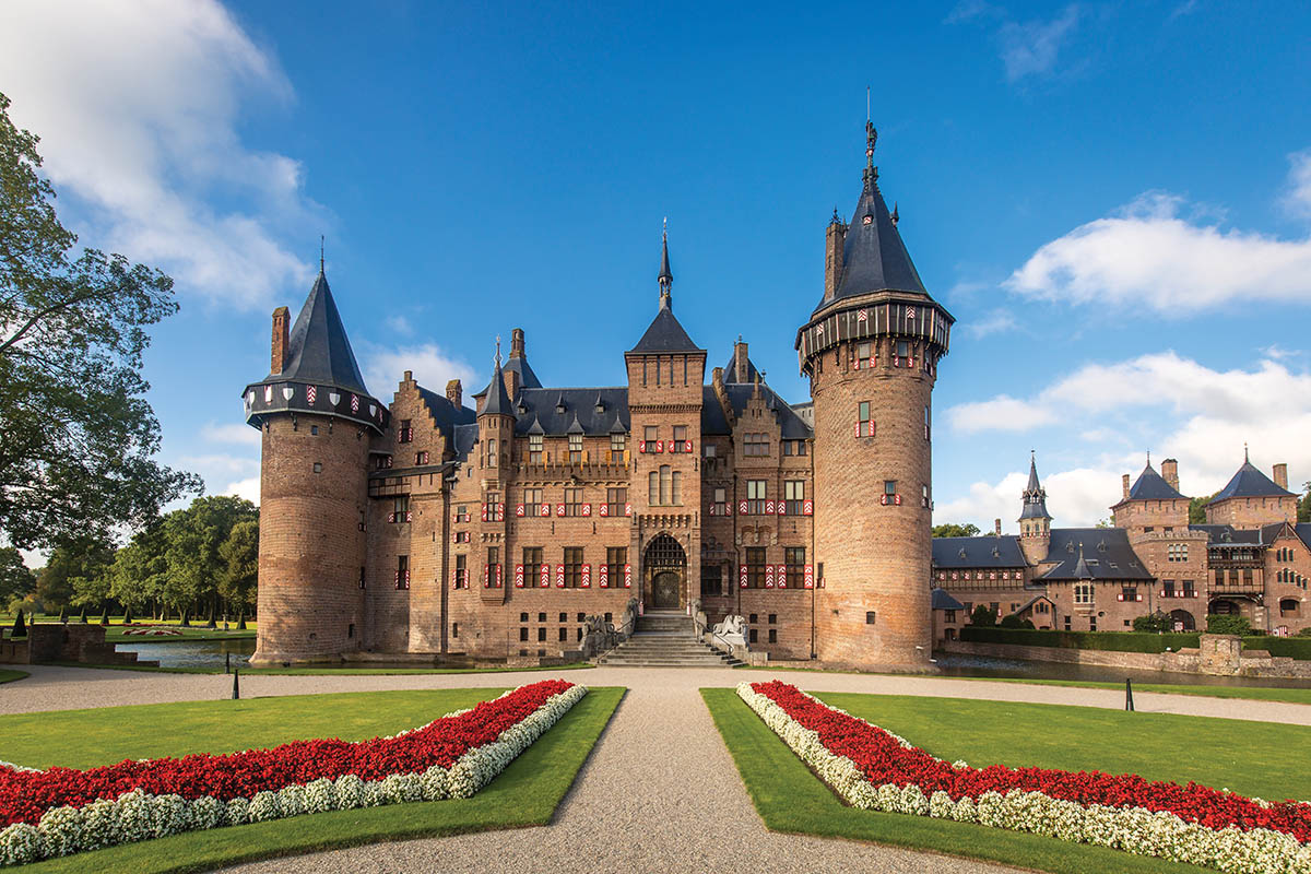 De Haar Castle | Explore luxurious castle life near Utrecht, Discover Benelux Magazine